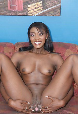 Spread Ebony Pussy Pictures